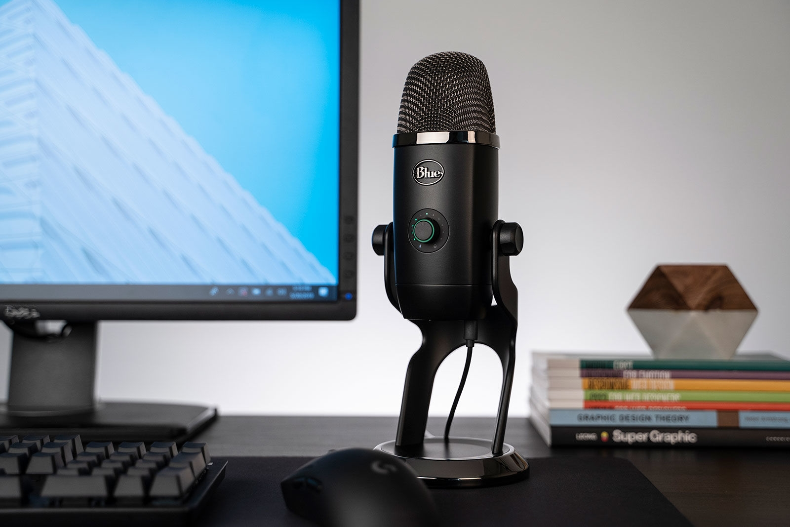 Blue's Yeti X microphone comes with everything you need to sound like a pro | DeviceDaily.com