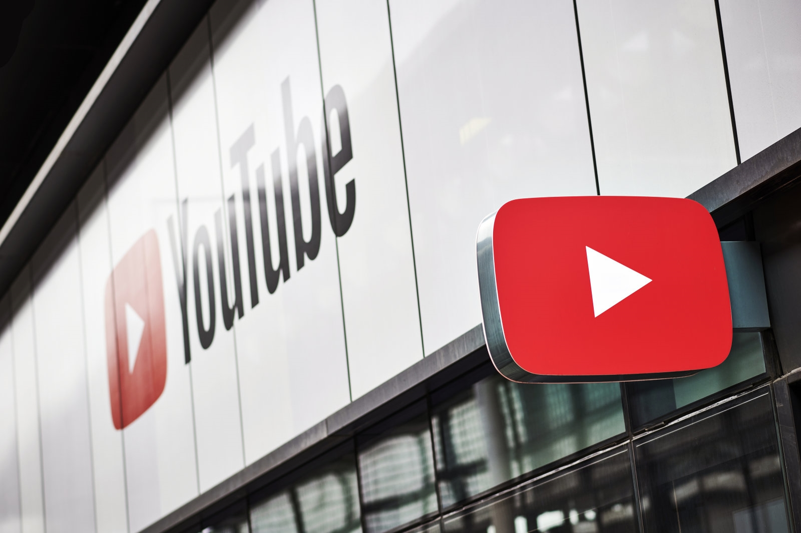 YouTube's channel removals soar following hate speech crackdown | DeviceDaily.com