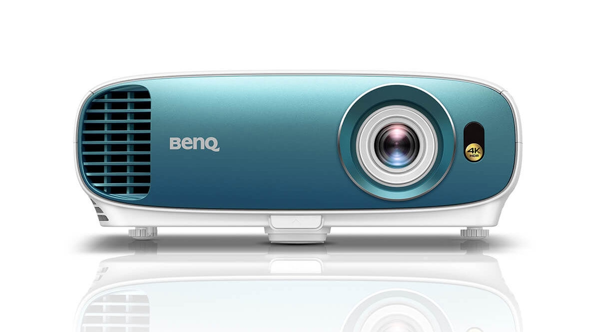 How and why to buy a projector in 2019 | DeviceDaily.com
