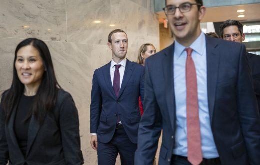 Mark Zuckerberg visited Donald Trump at the White House