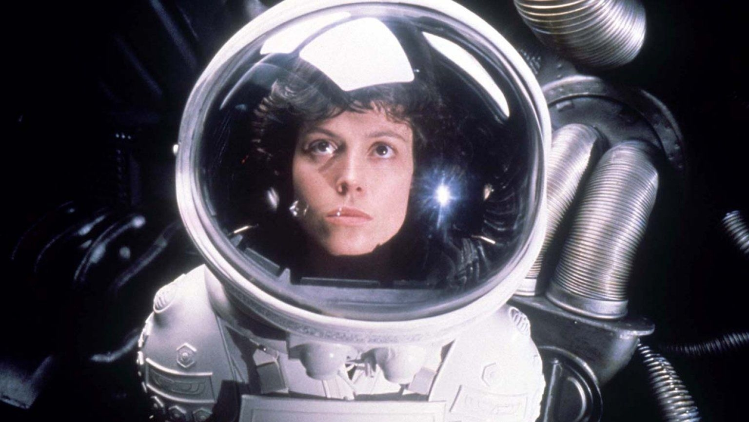 Ridley Scott's 'Alien' returns to theaters in October | DeviceDaily.com