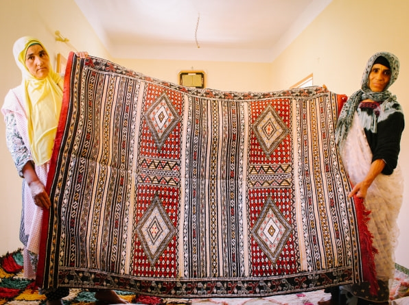 This Moroccan rug startup sells the work of women master weavers—fairly | DeviceDaily.com
