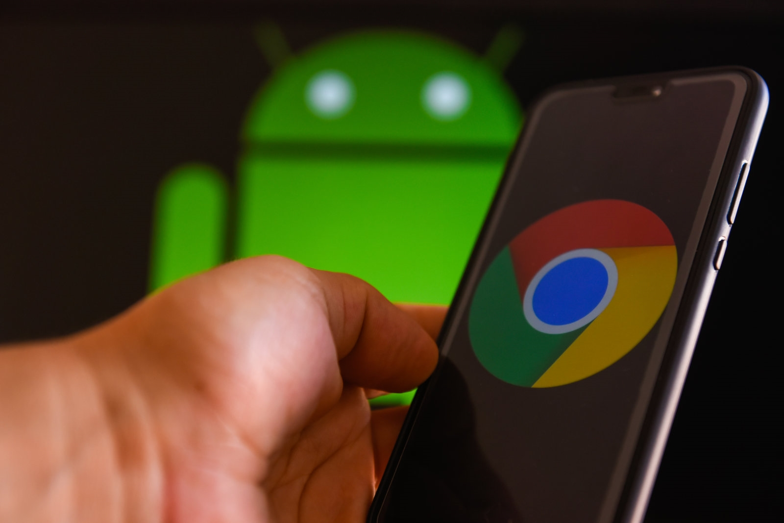 Google pauses Chrome update for Android after reports of app data loss | DeviceDaily.com