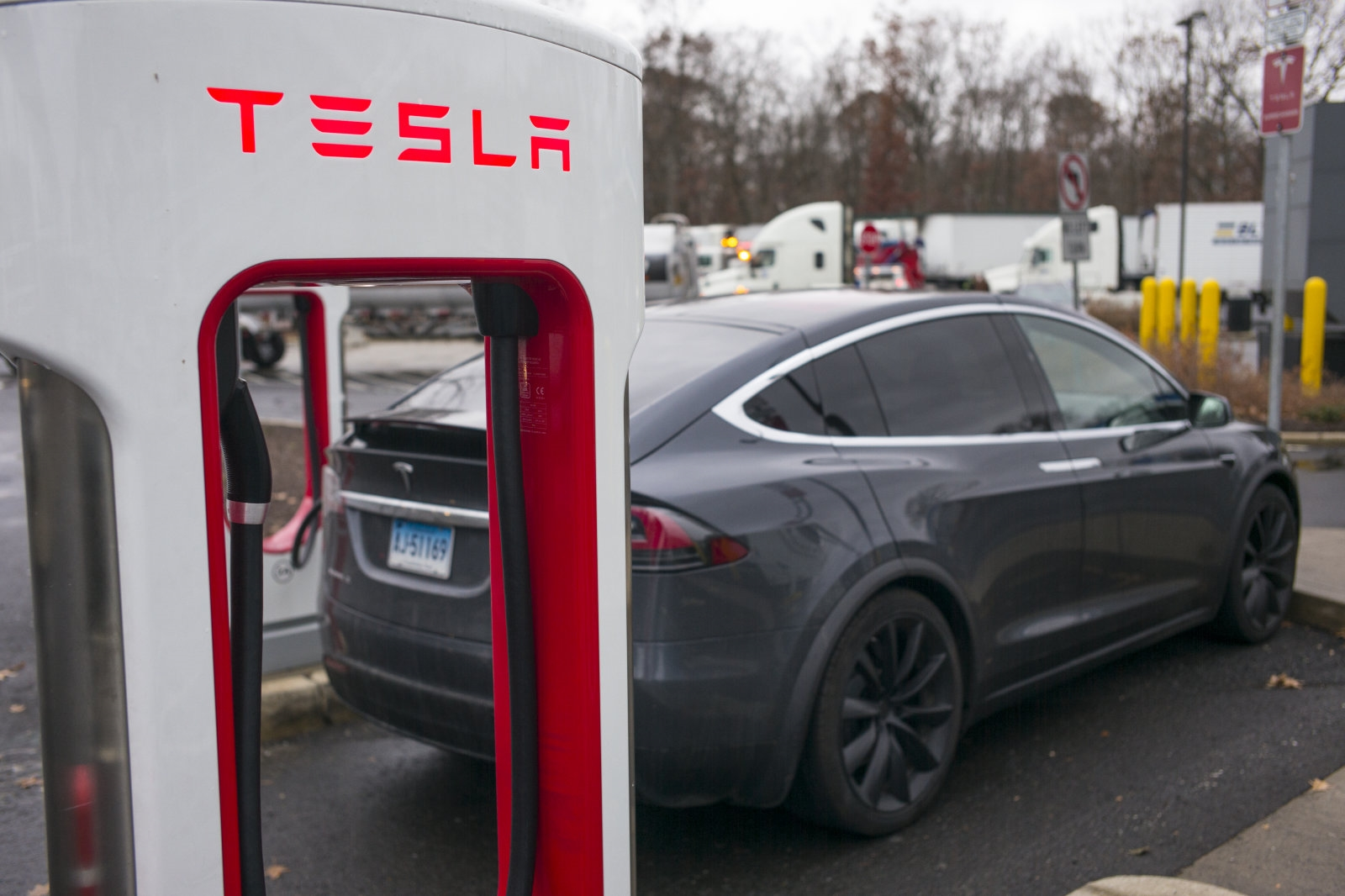 Tesla found a loophole that lets it lease cars in Connecticut | DeviceDaily.com