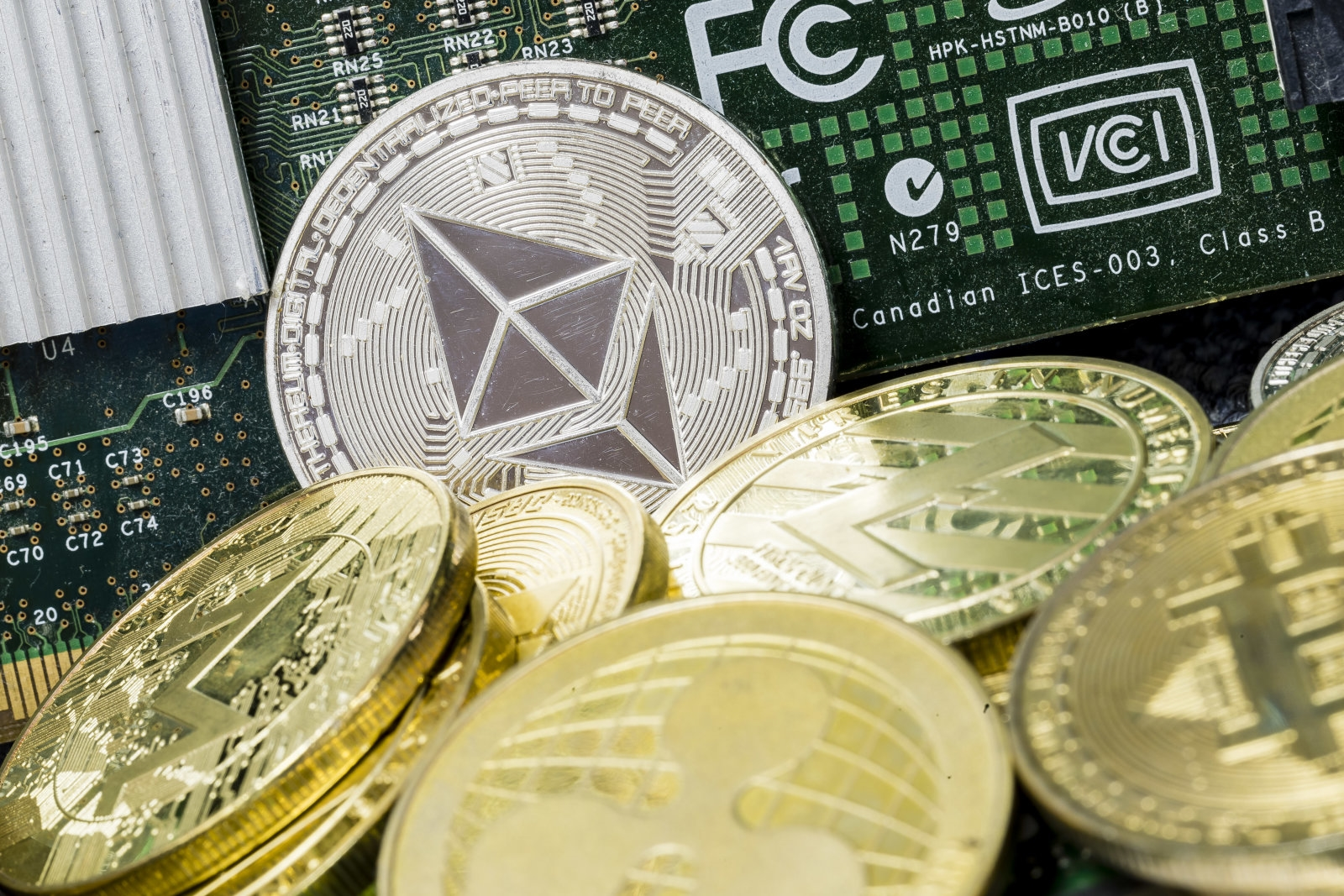 Thieves took $49 million in Ethereum from a crypto exchange | DeviceDaily.com