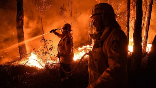 7 ways to help victims of Australia's deadly wildfires right now