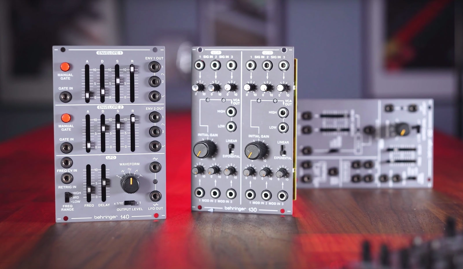 Behringer's synth clone train keeps rolling with modular System 100 | DeviceDaily.com