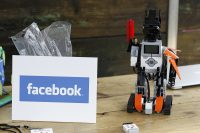 Facebook's new robot AI can get around efficiently without using a map