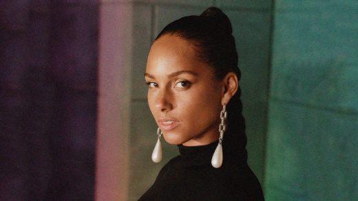 Alicia Keys and Boyz II Men honor Kobe Bryant at the Grammys