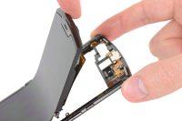Motorola's foldable Razr is unsurprisingly hard to repair