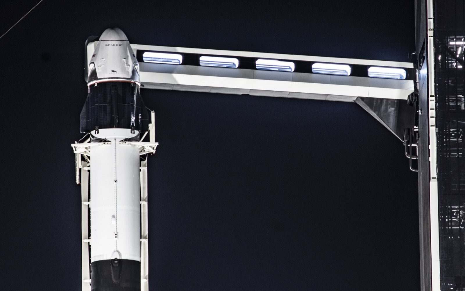 The first crewed SpaceX flight could happen around May 7th | DeviceDaily.com