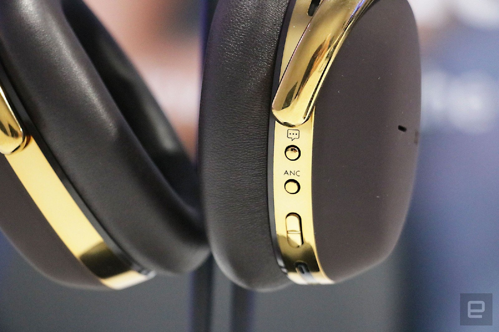Montblanc's first wireless headphones cost a steep $600 | DeviceDaily.com