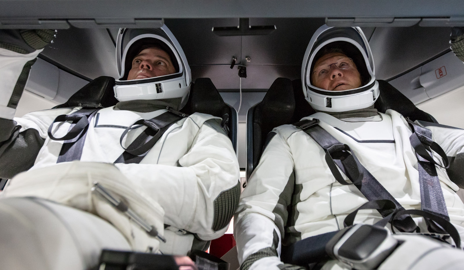 SpaceX Crew Dragon's Demo-2 test flight is still scheduled for May | DeviceDaily.com