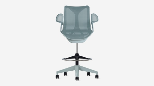 These stylish Herman Miller chairs are on sale and perfect for your home office | DeviceDaily.com