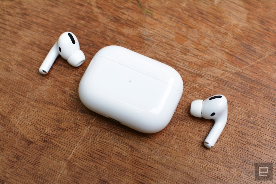 Tell us if the AirPods Pro are your perfect earbuds | DeviceDaily.com