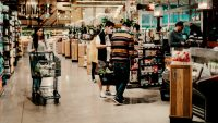 Amazon's new smart grocery cart is just another step to a cashierless future