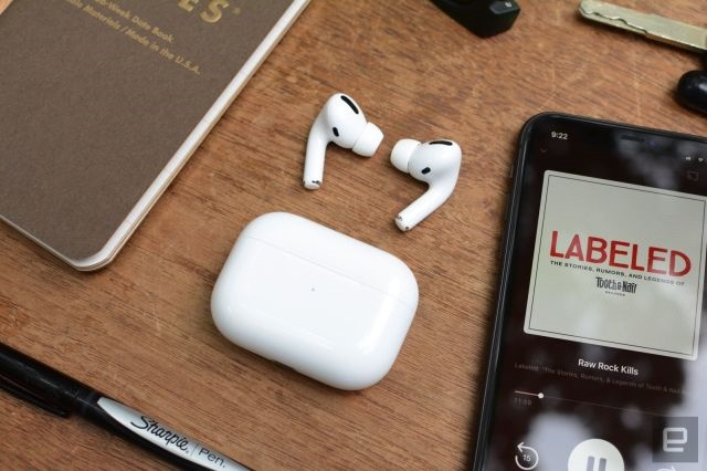 Our readers get real about their issues with the AirPods Pro | DeviceDaily.com
