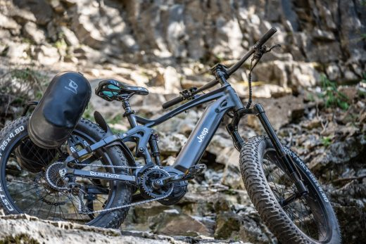 Jeep's monster off-road e-bike starts shipping in early September