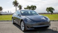 Tesla thwarts performance hacks for its electric cars