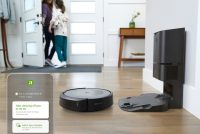 iRobot's Roomba i3+ is its cheapest vacuum with a self-cleaning dock
