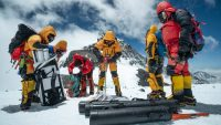 Microplastics are everywhere: even on top of Mount Everest