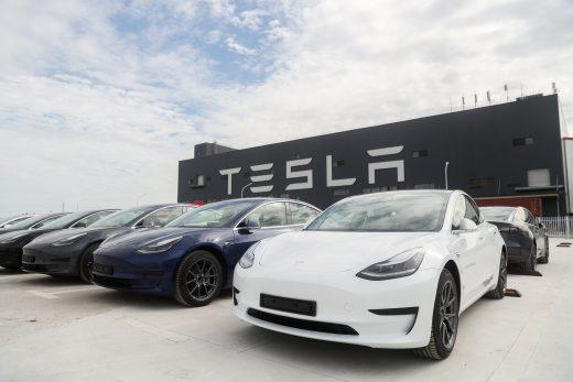 Tesla's updated Full Self-Driving beta needs fewer human interventions