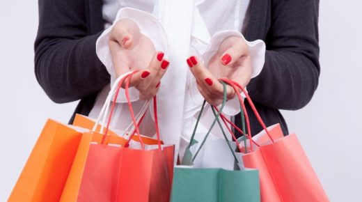 Record growth in online shopping over the holiday weekend