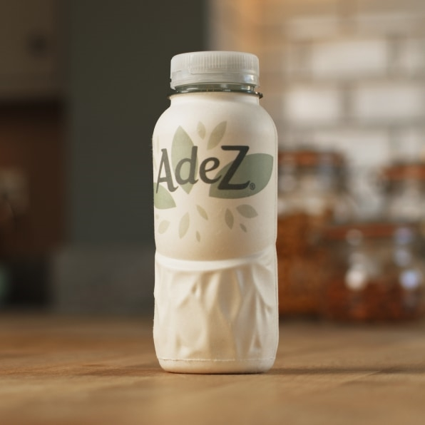 Coke's newest bottle is made from paper | DeviceDaily.com