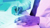 5 résumé refresh tips to land a job during an uncertain year