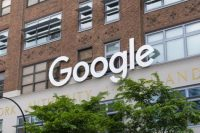 Australian Parliament passes law that requires Google, Facebook to pay for news