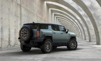 GMC's newly-unveiled Hummer EV SUV is 830HP of electric 'supertruck'