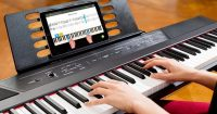 Learn to play the piano at your own pace with Skoove