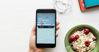 Read bestselling books in 15 minutes with Blinkist