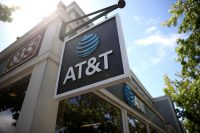 Facebook and AT&T team up for augmented reality experiences