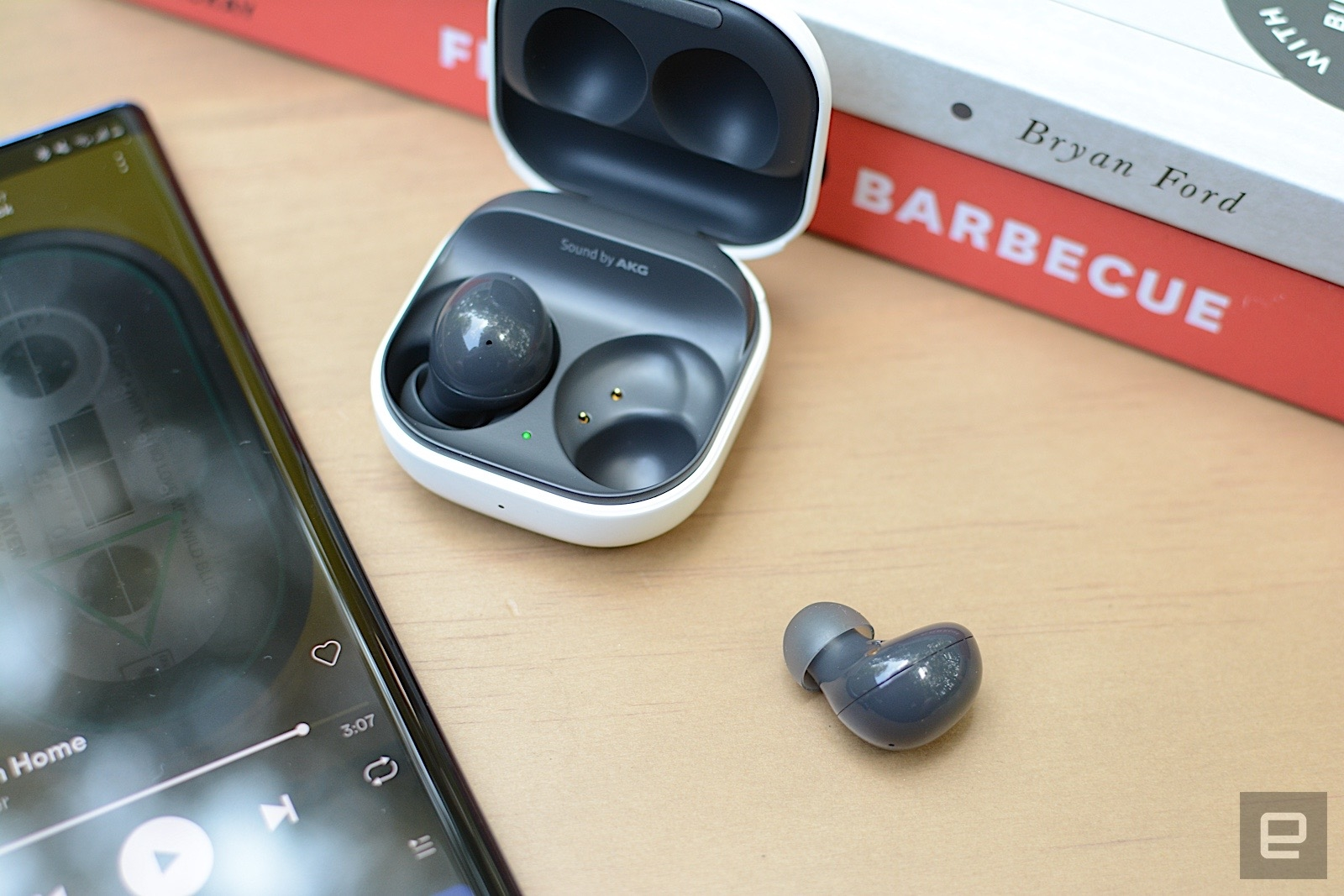 With the Galaxy Buds 2, Samsung adds active noise cancellation to its most affordable true wireless earbuds. This successor to the Galaxy Buds+ are smaller and more comfortable with premium features like wireless charging and adjustable ambient sound. However, ANC performance is only decent and there's no deep iOS integration like previous models. Still, at this price, Samsung has created a compelling package despite the sacrifices. | DeviceDaily.com