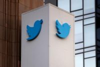Twitter will pay over $800 million to settle a class action suit